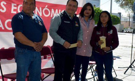 """Incrementan padrón del programa """"Becas de Transporte"""" en Zapotlán de Juárez"""