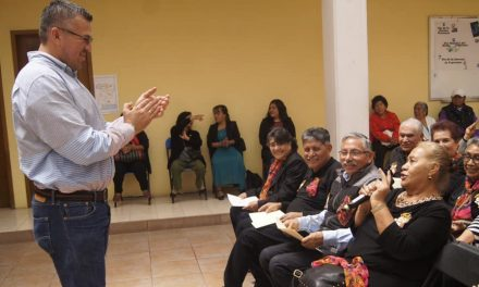 Adultos Mayores de Tepeapulco se capacitan en materia de envejecimiento exitoso