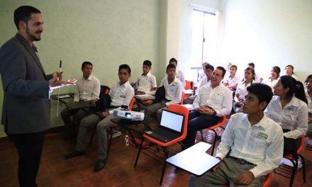 Telebachilleratos Comunitarios atienden a 6 mil estudiantes hidalguenses