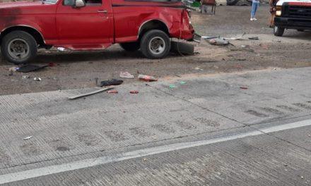 Fallece niña de 10 años en accidente, hay lesionados