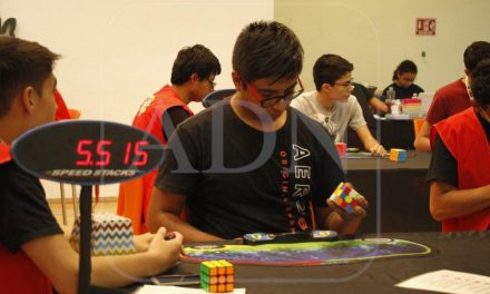 Imponen dos nuevos récords nacionales en Torneo de Cubo de Rubik