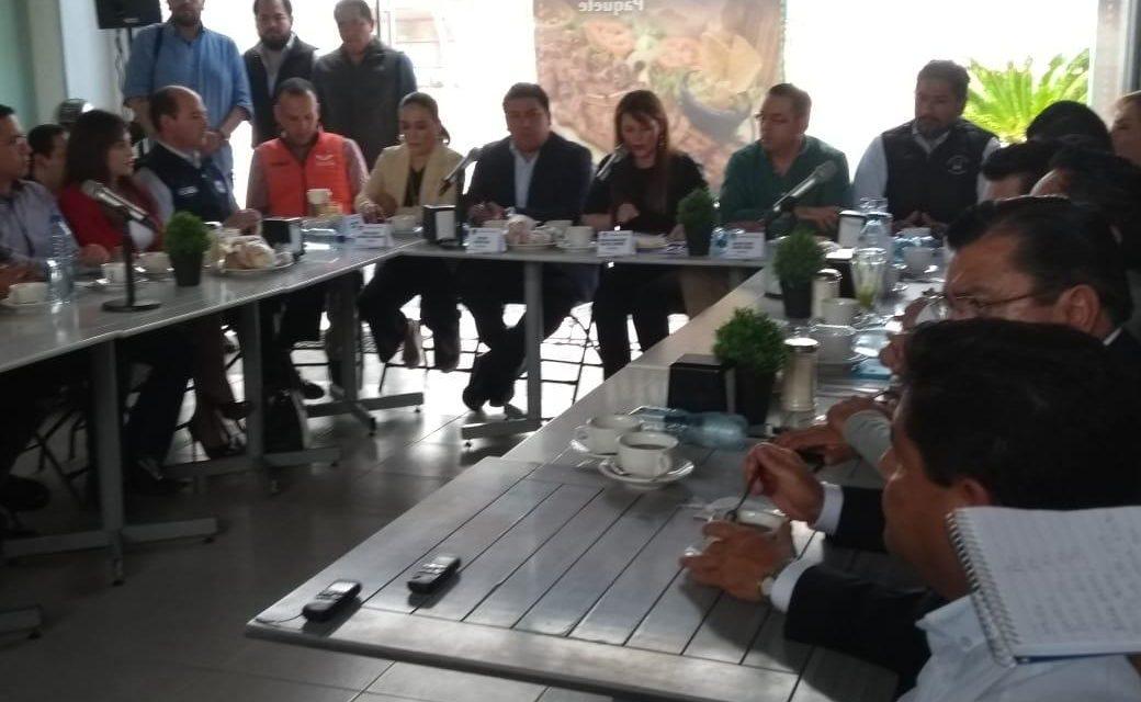 Acusan partidos políticos a Morena de frenar reforma política