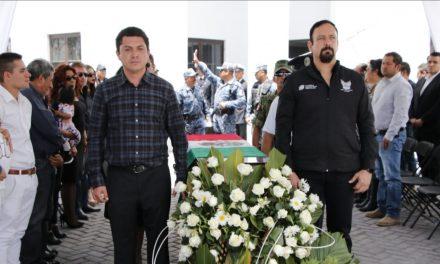 Homenajean a policía de Zempoala fallecido al impedir asalto a adultos mayores