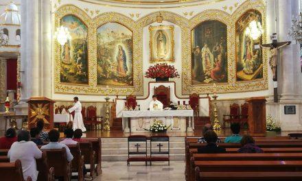 Cada vez, menos católicos celebran el «Día de las Mulas»
