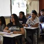 Crea Omar Fayad programa de Becas Miguel Hidalgo para jóvenes universitarios