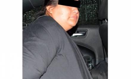 Asegura SSPH a mujer con cientos de productos presuntamente robados