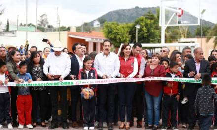 Inaugura Omar Fayad espacios de convivencia familiar