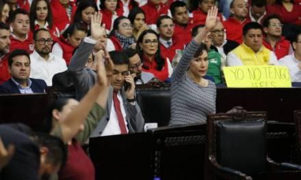 Presentan partidos de oposición iniciativa de reforma política