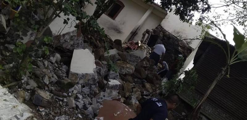 Gobierno estatal apoya a lesionado en Pisaflores