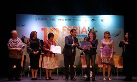 Elisa Díaz Castelo y Paola Abramo ganan Premio «Margarita Michelena «