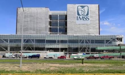 Hospital de Especialidades del IMSS presenta retraso de un año
