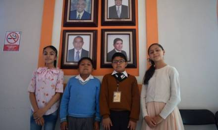 Cabildo infantil de Santiago Tulantepec ejerce sus funciones durante un día
