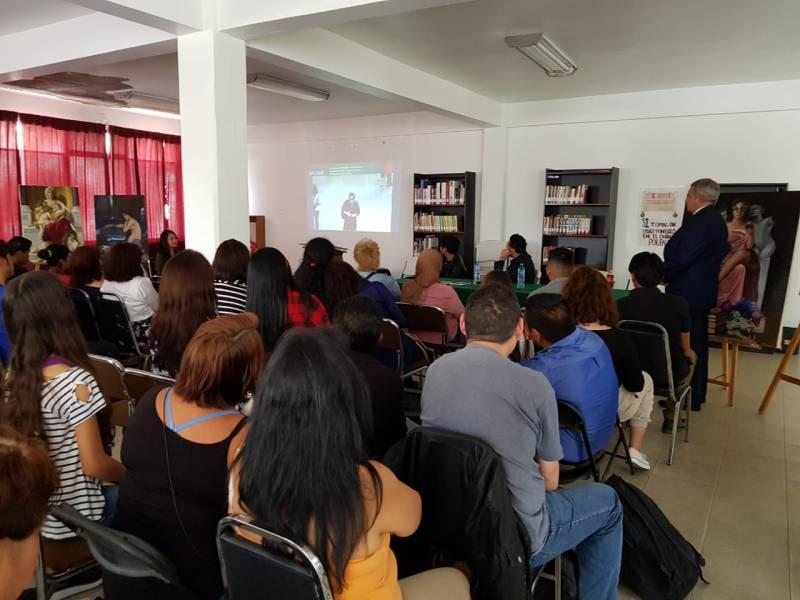 Con exposición y conferencia intentan explicar la relación entre la Mente y el Arte