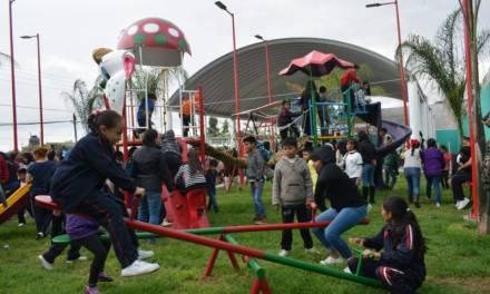Inauguran Parque Familiar en Santiago Tulantepec