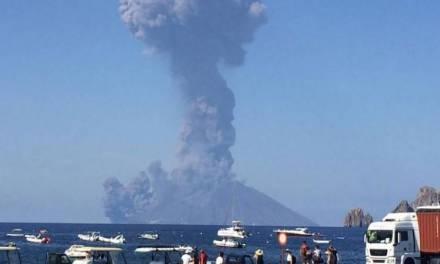 Un muerto y un herido deja la explosión del volcán Estrómboli en Italia