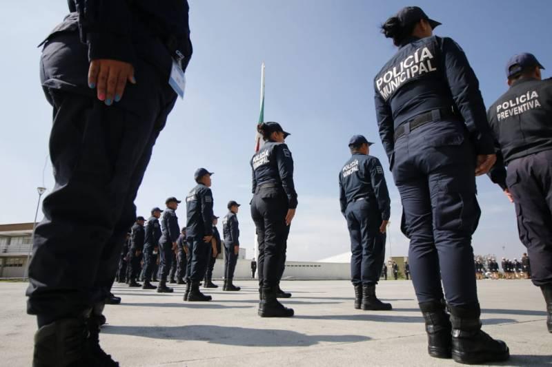 Policías de Zempoala en espera de que alcalde les mejore sus condiciones laborales