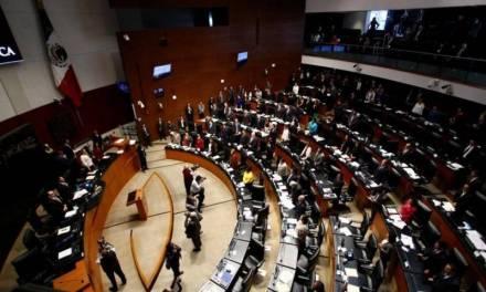 Aprueba Senado Ley de Austeridad; oposición señala que se regresan las partidas secretas