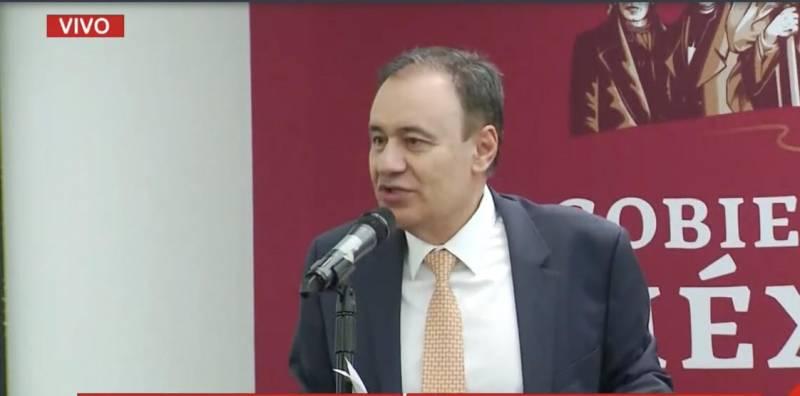 Policías federales piden que Felipe Calderón sea su líder sindical; Durazo dice que no es casualidad