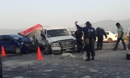 Accidente en la carretera Progreso-Ixmiquilpan deja tres lesionados, entre ellos un bebé