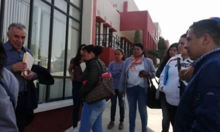 Denuncian irregularidades en convocatoria para tiendas escolares