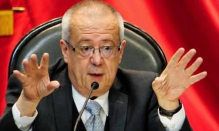 Carlos Urzúa renuncia a Secretaría de Hacienda