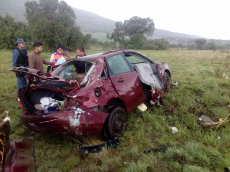 Un muerto y dos menores heridos en accidente automovilístico