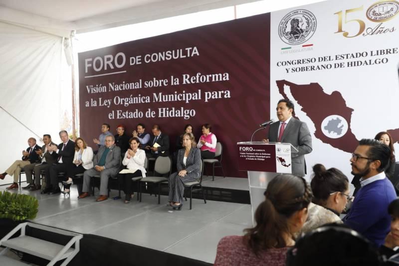 Fortalecer municipios tarea permanente del Gobierno de Hidalgo: Lamán Carranza
