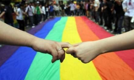 En caso de expresar opiniones homofóbicas o discriminatorias, las asociaciones religiosas serán sancionadas