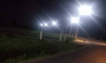 Iluminan la carretera Santiago-Ventoquipa