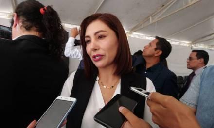 Alcaldesa de San Agustín Tlaxiaca prepara informe, destaca construcción de un Centro Comunitario