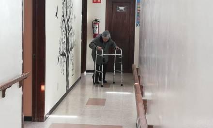 Falta personal para cuidar a adultos mayores en Casa de Descanso