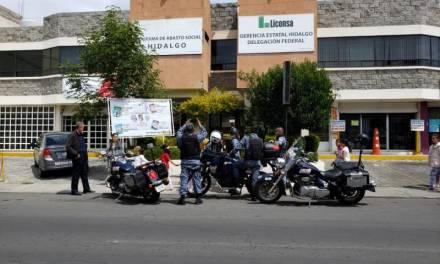 Trabajadores de Liconsa se manifiestan para pedir que se liberen sus prestaciones