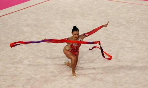 Karla Díaz gana medalla de bronce en cinta de gimnasia rítmica