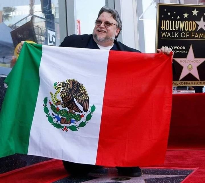 Guillermo del Toro devela estrella en Paseo de la Fama