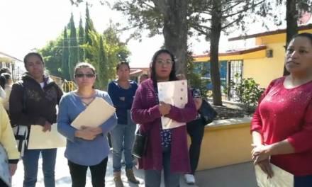 Exigen pago de 860 pesos por inscripción en escuela primaria de Pachuca