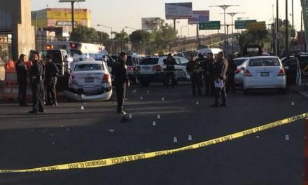 Robo de taxi desata balacera en San Juan de Aragón