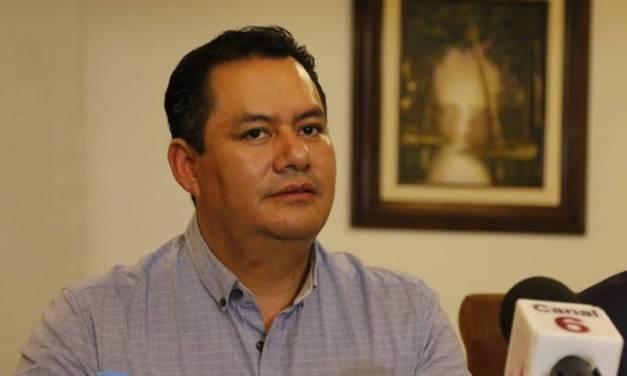 Asael Hernández asegura que ha tratado de conciliar entre los grupos que dividen al PAN