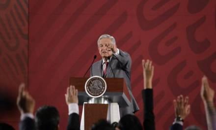 Fox y Calderón entregaron aerolíneas mexicanas a quienes apoyaron sus campañas: Amlo
