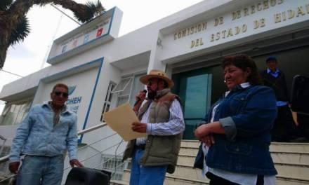 Denuncian cobros a comerciantes con documentos apócrifos en Mineral de la Reforma