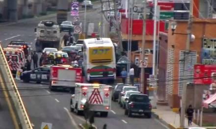 Accidente en bulevar Nuevo Hidalgo deja personas lesionadas