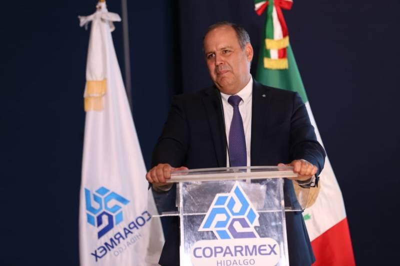«El presidente no debe conformarse con un crecimiento mediocre», señala líder empresarial