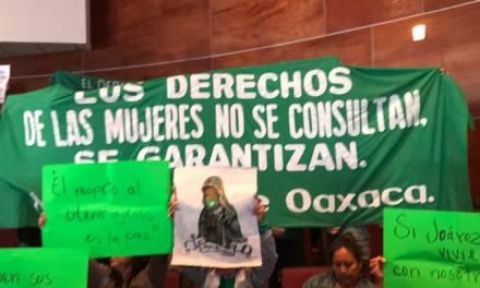 Despenalizan en Oaxaca el aborto antes de las 12 semanas de gestación
