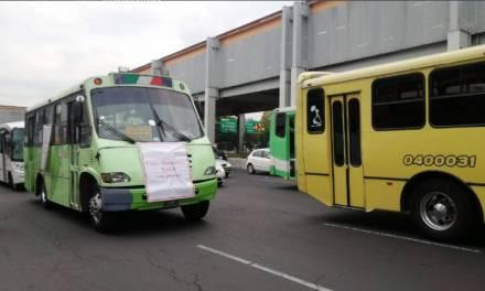 Transportistas se manifiestan en la CDMX
