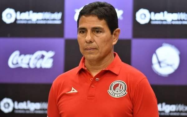 Alfonso Sosa es cesado de la dirección técnica de Atlético San Luis