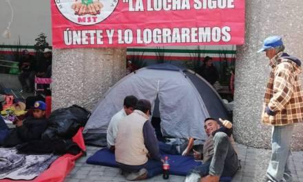 Manifestantes acusan problemas en el campo por cancelación de programas federales