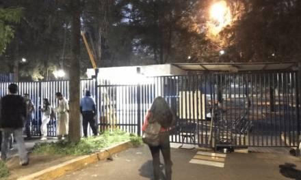 Protestan en la UNAM por diplomado que dará Ricardo Anaya