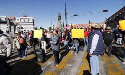 Gobierno del estado intervendrá en conflicto de tianguistas de Mineral de la Reforma