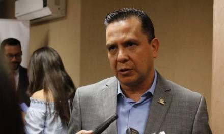 Lástima que haya felicitaciones a diputados por hacer su trabajo: Ricardo Rivera