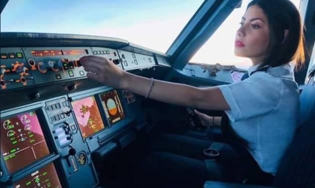 Presunta piloto de Interjet deseó que cayera bomba en el Zócalo en ceremonia del Grito