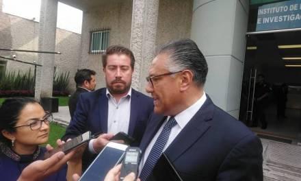 Caso Charrez debe resolverse en tribunales no mediáticamente